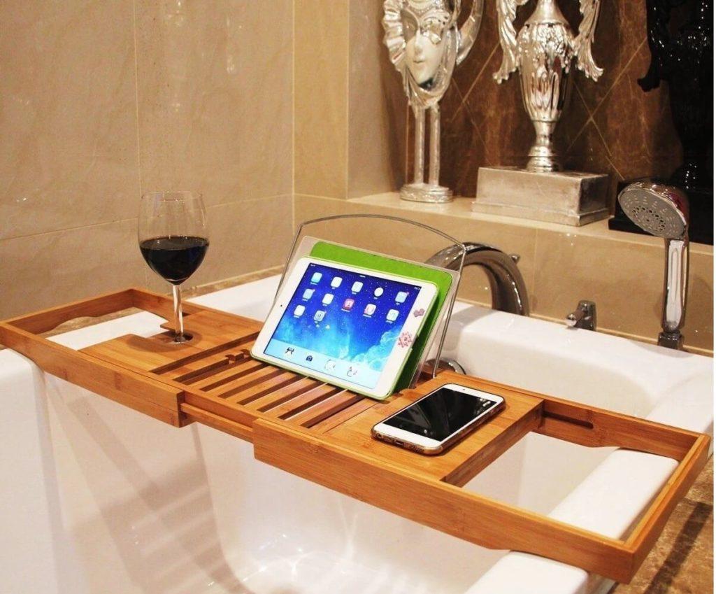 Столик для ванный - отлично подойдет под интерьер ванной комнаты