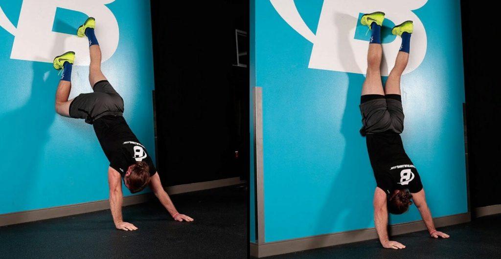 Ходьба по стене для развития плеч